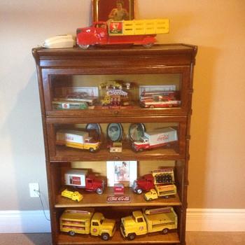 Coca Cola toy display cabinet for Kerry! - Coca-Cola