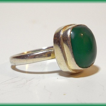Sterling Silver Modernist Ring - With Chrysophase Stone - Fine Jewelry