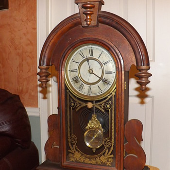 1880s New Haven Mantle Clock - Clocks