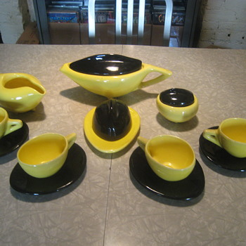 Deco/Art Modern tea service - China and Dinnerware