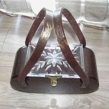 Vintage 50s Marbleized Root Beer Sparkle Lucite Box Purse with Carved Clear Top Handbag - Bags