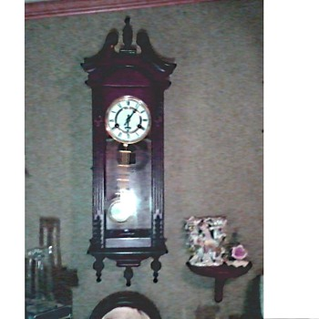 R A Pendulum 31 Day Wall Clock /Hour and Half Hour Chime /Possibly Korean Made Unknown Age