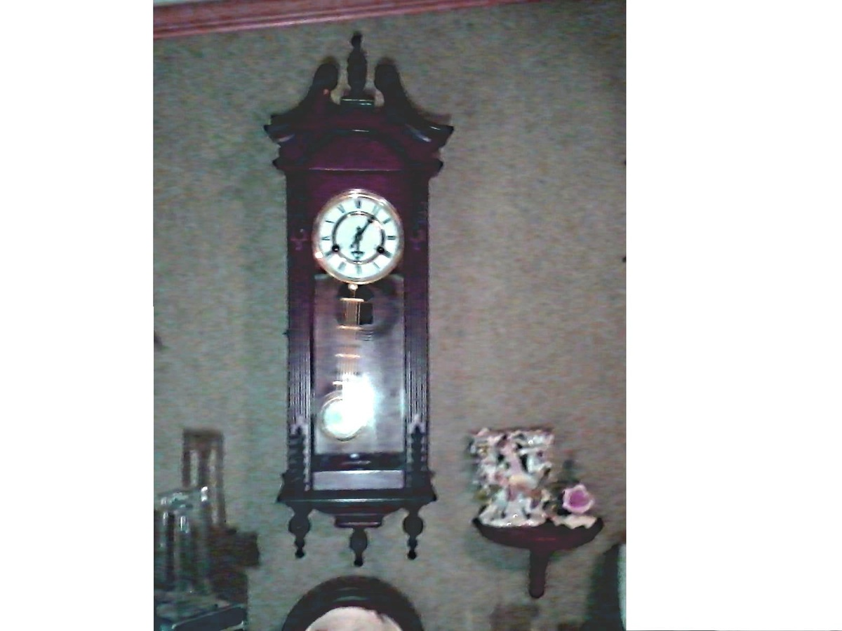 R A Pendulum 31 Day Wall Clock Hour And Half Hour Chime