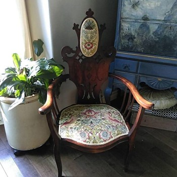 What Style Chair - Furniture