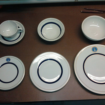 JFK Air Force One Dinner Plate Set - China and Dinnerware
