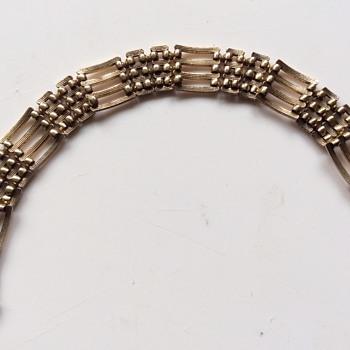 Vintage or antique bracelet  - Costume Jewelry