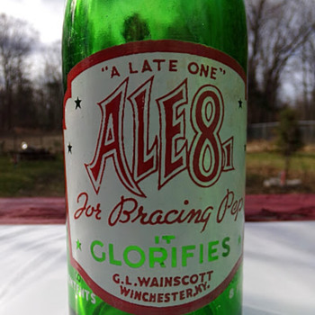 IT GLORIFIES - Bottles