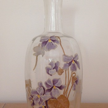 sweet and delicate decanter by Legras' factory - Art Nouveau