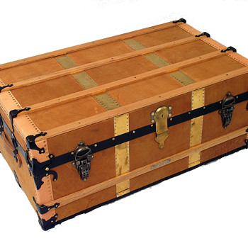 Marshall Fields Steamer Trunk - Furniture