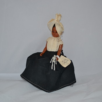 VOODO QUEEN Doll, Skeleton, Bag, Pins, Black & White Dress, voodoo