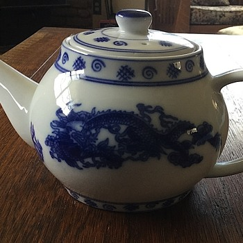 Chinese or Japan Tea Pot