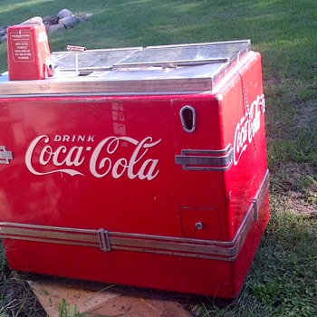 Classic Coke Cooler