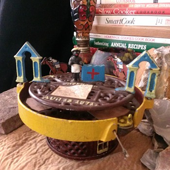 cast iron race bank with african american figure! Super rare find! - Toys