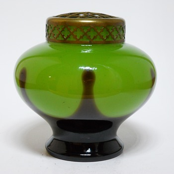 Kralik Art Deco Green Tango Posie Vase with Frog, Circa 1920