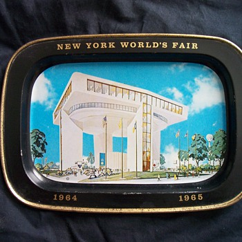 1964 New York World&#039;s Fair Ashtray - Tobacciana