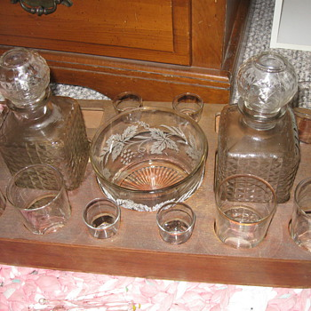 Bar Set produced by Owen Illinois in 1930 - Glassware