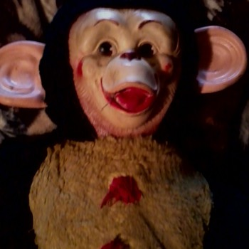 Help monkey  - Dolls