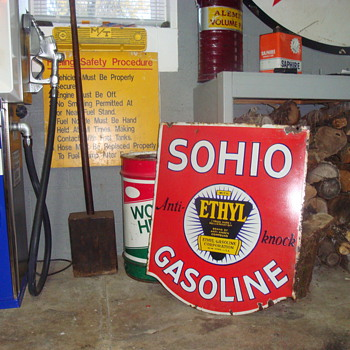 Sohio sign - Petroliana