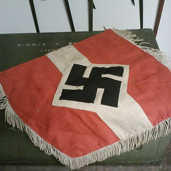 Hitler Youth Trumpet Banner - War Souvenir - Military and Wartime