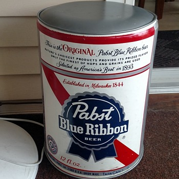 Pabst Can - Footstool