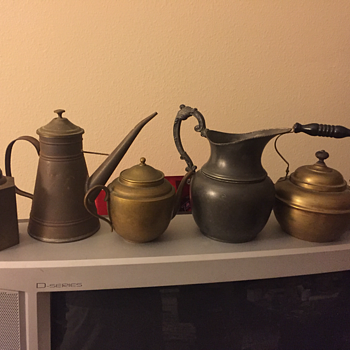 Tea pot or kettle identification needed. Age? Part of my collection. Pics added