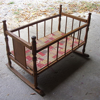 oak doll cradle - Dolls
