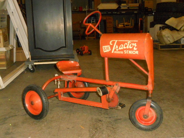 Junior Pedal Tractors Antique : Vintage pedal cars collectors upcomingcarshq