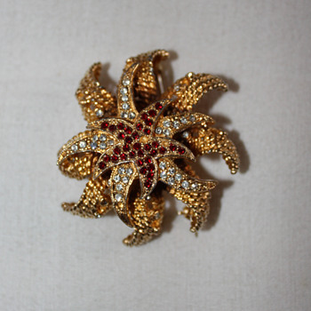 DeNicola brooch - Costume Jewelry