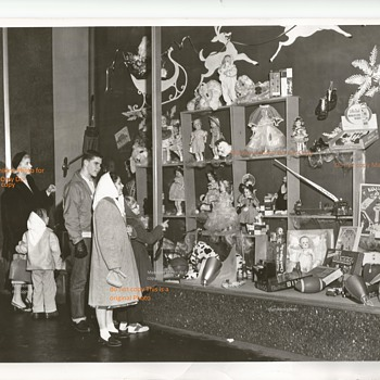 Press Photo 1956 MacDougall Dept Store  - Advertising