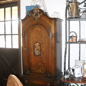 Aunt LaLa's China Cabinet - Furniture