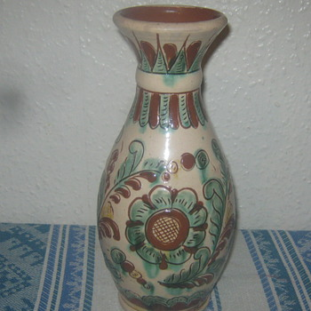 Stoneware vase 1920 ?