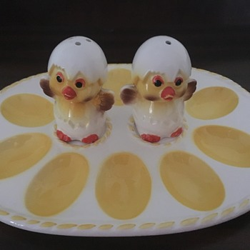 Devilled Egg plate with Salt & Pepper shakers