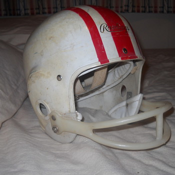 Late 1950s, early 1960s Rawlings PeeWee football helmet