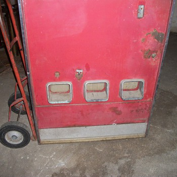 Old Coke Machine - Would like to know what kind this is and how much it may be worth? - Coca-Cola
