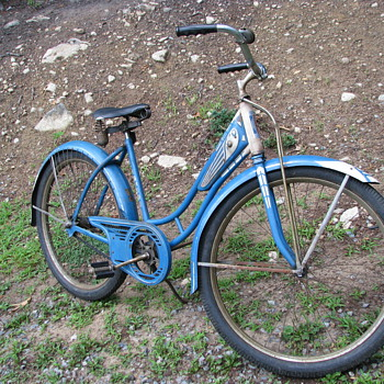 1941 wakefield woman&#039;s bicycle