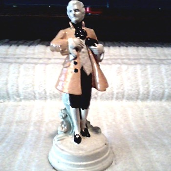 Colonial Gentleman or President Chalk Ware Figurine/ Columbia Statuary Co./ Circa 1940's 50's