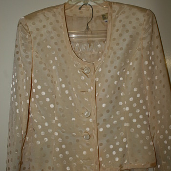 Vintage Two Piece Ladies Suit Skirt and JacketI