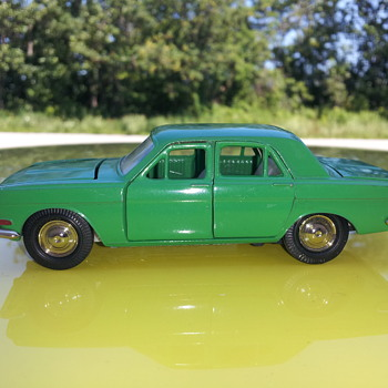 Volga 1:43 scale. Made in USSR - Model Cars