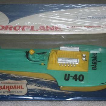 1964 Miss Bardahl Hydroplane - Eldon Battery Operated Boat - Toys