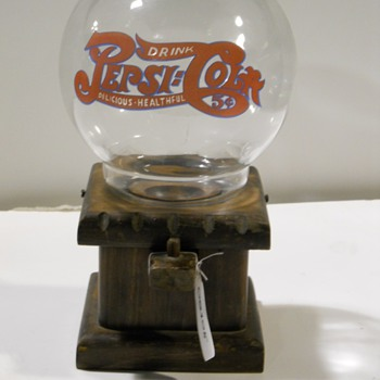 Pepsi Cola gumball machine/ Glass and wood
