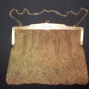 Vintage 14k gold mesh purse. Can you identify?