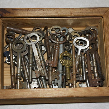 Skeleton Keys - Tools and Hardware