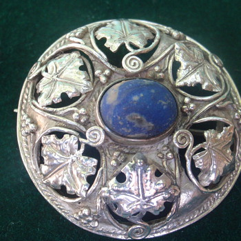 Arts & Crafts silver brooch - Arts and Crafts