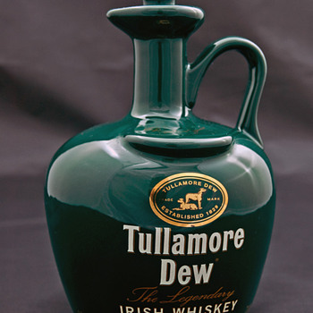 Tullamore Dew Whiskey Crock/Jug In Green  - Bottles
