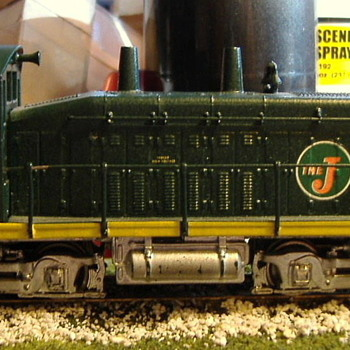 EJ&E #307 SW9 HO scale - Model Trains