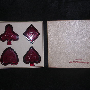 Red glass ashtray set - Coca-Cola