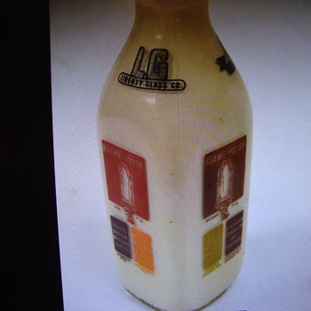 Liberty Glass Co. Econotainer Color Samples Milk Bottle........