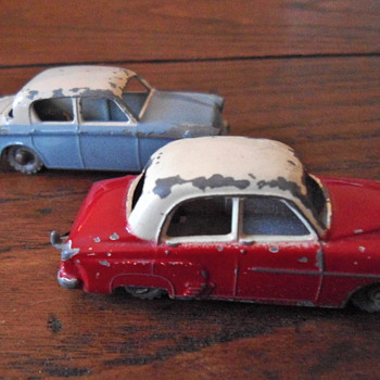Lesney Hillman Minx no 43 and no name - Model Cars