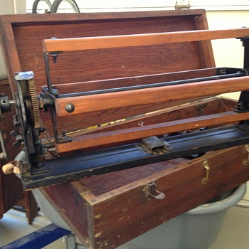 Textile Machine of some sort? - Sewing