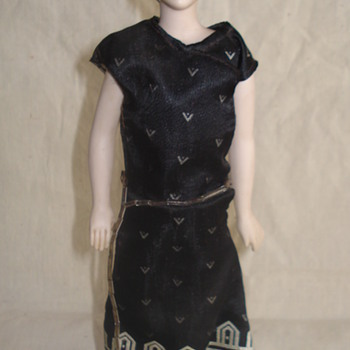 1940's  PORCELAIN DOLL - Dolls
